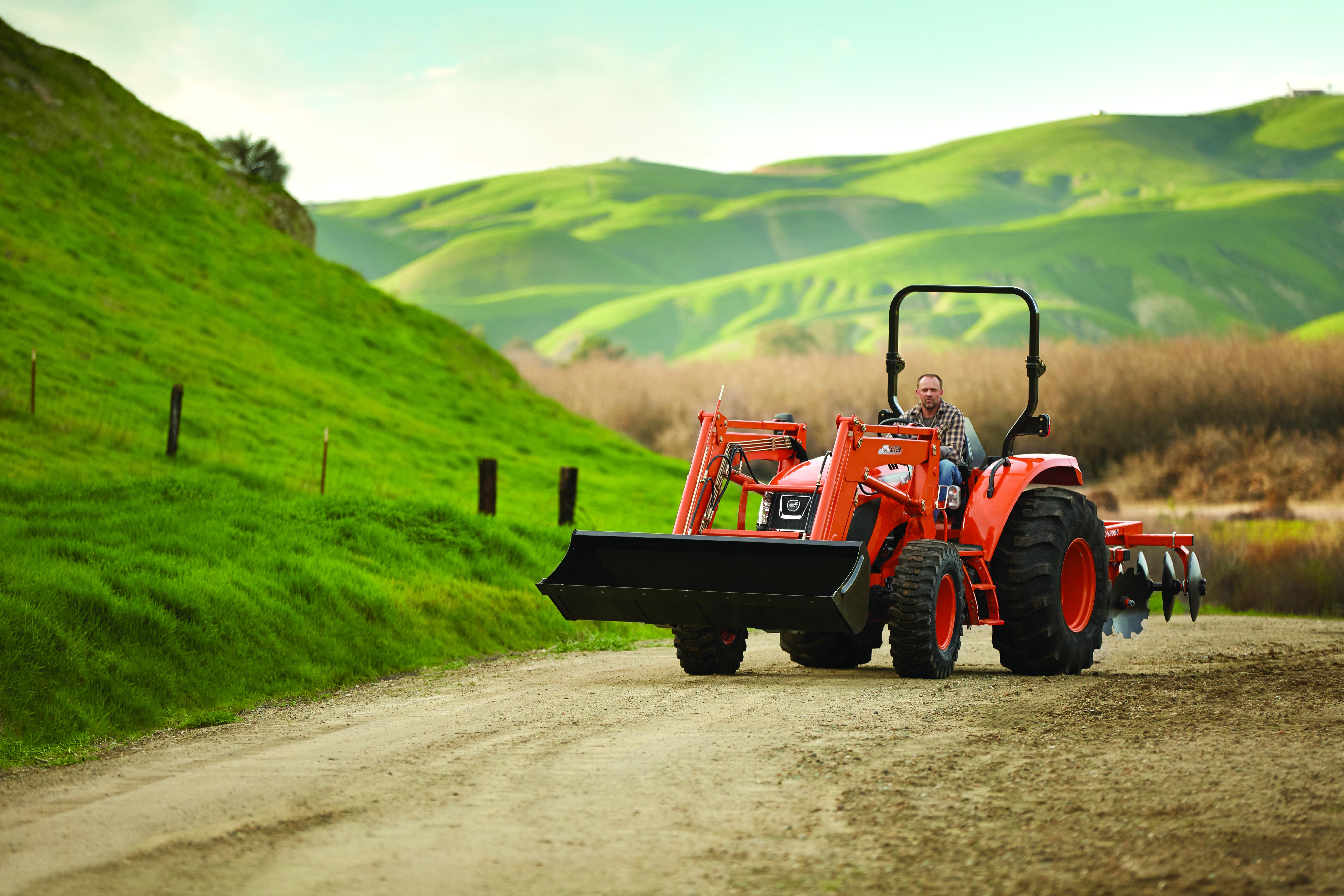 KIOTI RX7320 Utility Tractor
